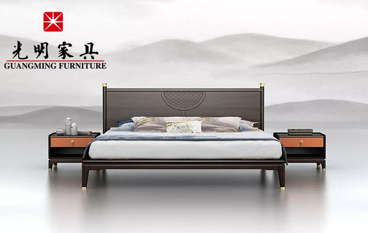 卧室有这样的实木床 ,让你了解舒服的睡眠质量